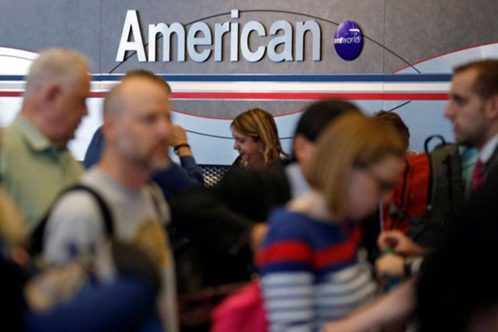 """""""Mohamede, nadzirem Vas"""": Stjuardesa američke aviokompanije izazvala skandal"""