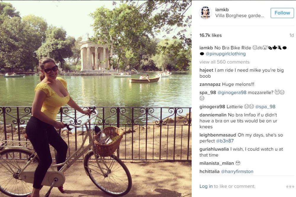 (VIDEO) OBRADOVALA MUŠKARCE: Keli Bruk se snimala dok je vozila bicikl... bez grudnjaka