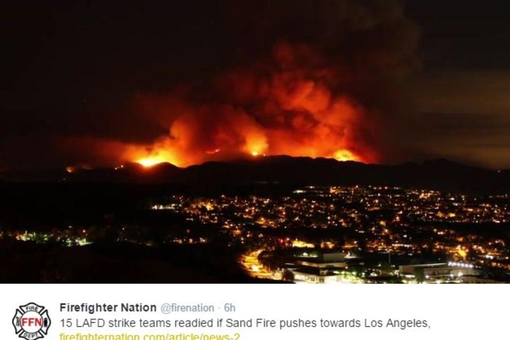 (VIDEO) BUKTI POŽAR KOD LOS ANĐELESA: Grad u dimu i pepelu, 11.000 ari pod vatrom