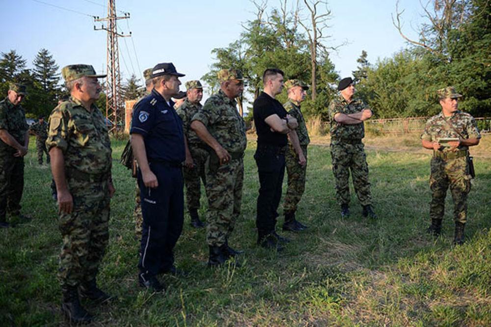 MINISTAR ODBRANE OBIŠAO GRANICU SA BUGARSKOM: Vojska i policija uspešno sprečavaju ilegalne ulaske