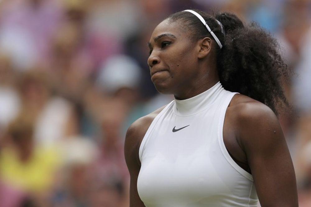 POVREDILA RAME: Serena Vilijams otkazala učešće na Rodžers kupu