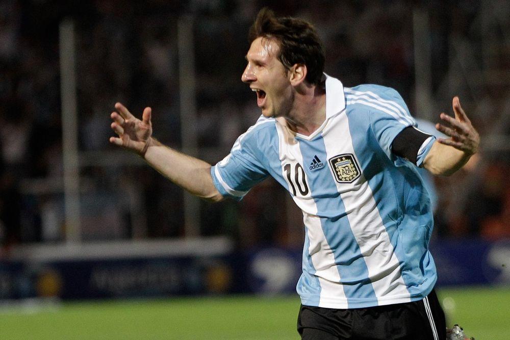 (FOTO) MESI OTIŠAO U UGOSTITELJE: Argentinac otvorio restoran inspirisan fudbalom