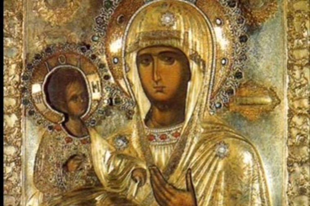 DANAS SLAVIMO TROJERUČICU: Nad njenom ikonom događaju se čuda!