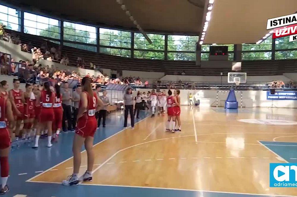 (KURIR TV) KAKO DA IH NE VOLITE: Pogledajte novi pozdravni ritual košarkašica Srbije pred Rio