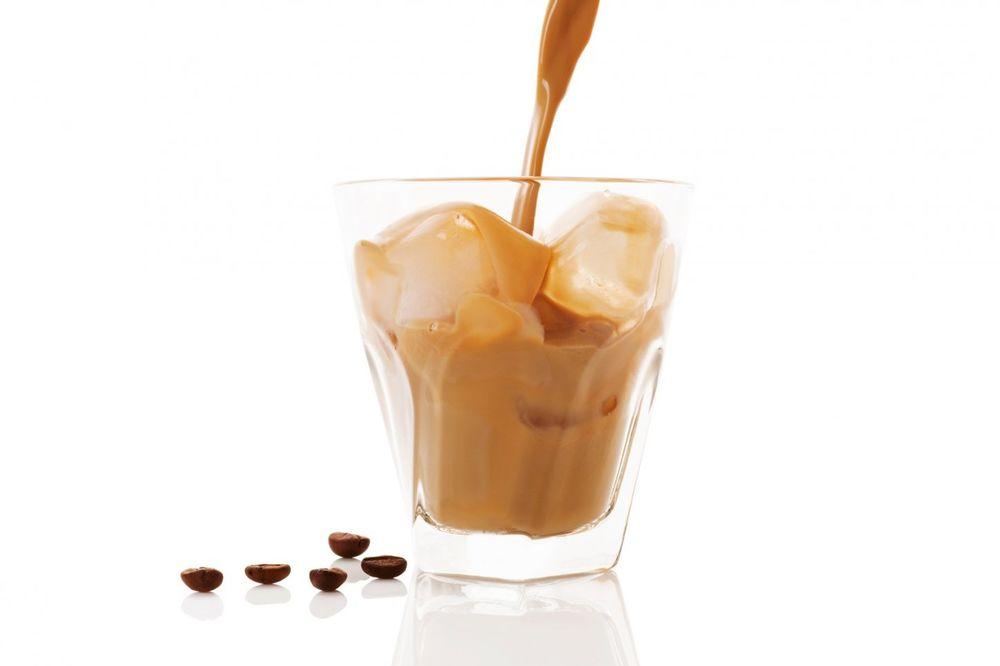 ISTRAŽIVANJE DOKAZALO: Ledena kafa nema isto dejstvo na naše telo kao topla