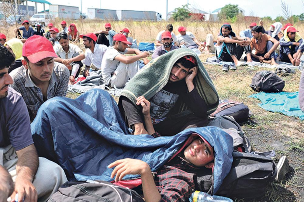 Vulin: Migranti mirni, ne koristimo silu