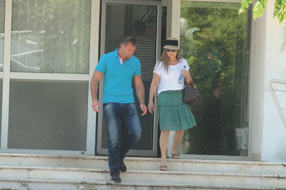 SUD JE OPOMENUO: Danica Maksimović kriva za napad na novinarku Kurira!