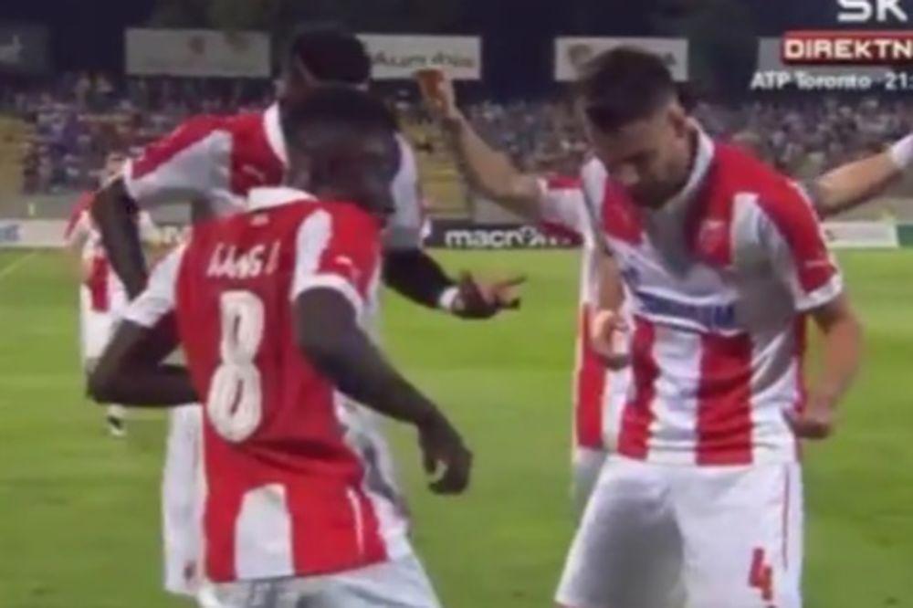 (VIDEO) CRVENO-BELI PLES: Pogledajte đuskanje Zvezdinih fudbalera posle projektila Kange