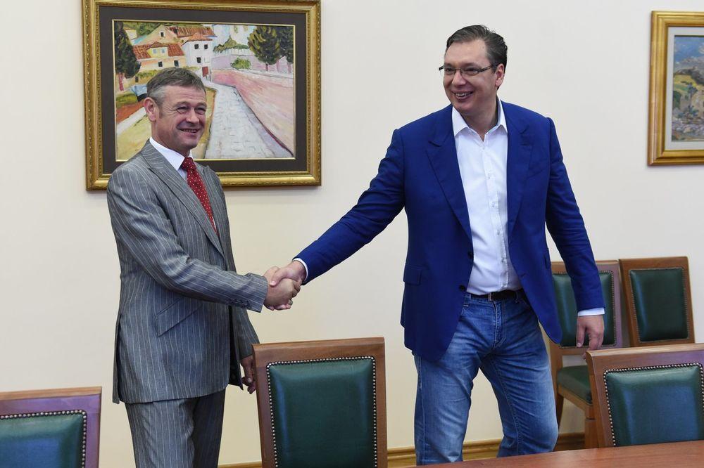 OPROŠTAJNA POSETA: Vučić primio odlazećeg ambasadora Švajcarske