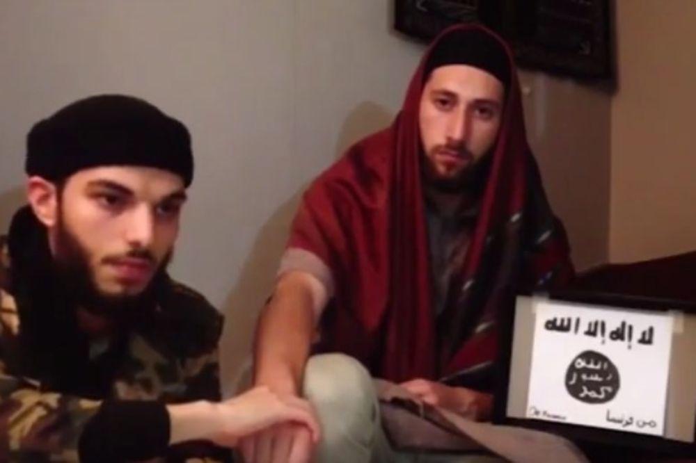 (VIDEO) ZAKLELI SE VOĐI ISLAMSKE DRŽAVE: Objavljen video napadača koji su zaklali sveštenika