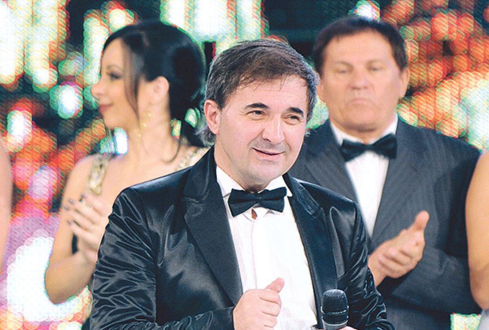 MITAR MIRIĆ NAKON INCIDENTA U HRVATSKOJ ZA KURIR: Izmišljaju jer su ljubomorni na moju popularnost! (FOTO)