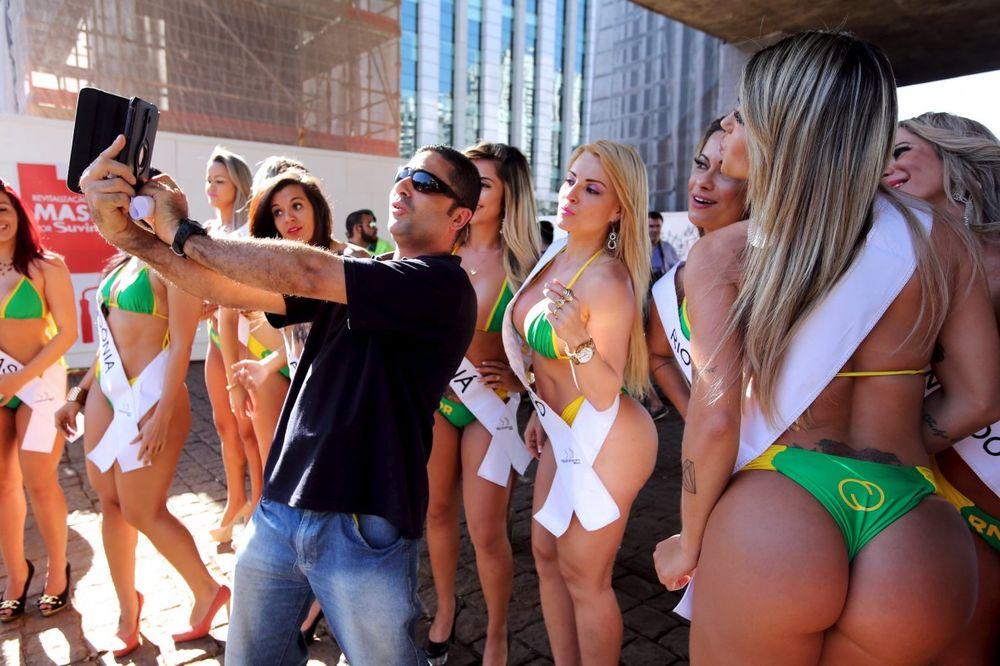 (FOTO) NAJLEPŠA GUZA BRAZILA POZIVA U RIO: Dođite na Igre, moje telo je prava olimpijska baklja!