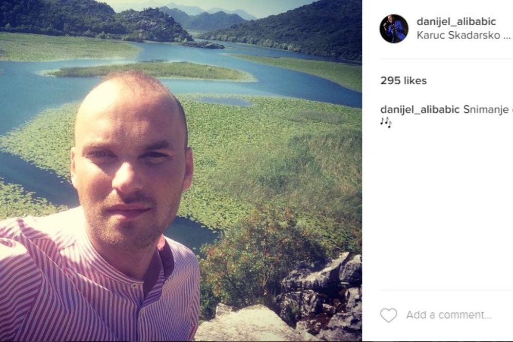 (FOTO) DANIJEL ALIBABIĆ OGORČEN: Pevač na društvenoj mreži osuo paljbu po devojkama