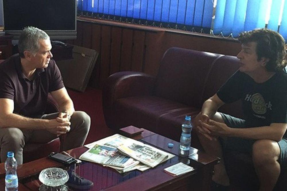 PODRHTAVAĆE MARAKANA: Ulaznice za Ludogorec planule, i Bajaga bodri crveno-bele