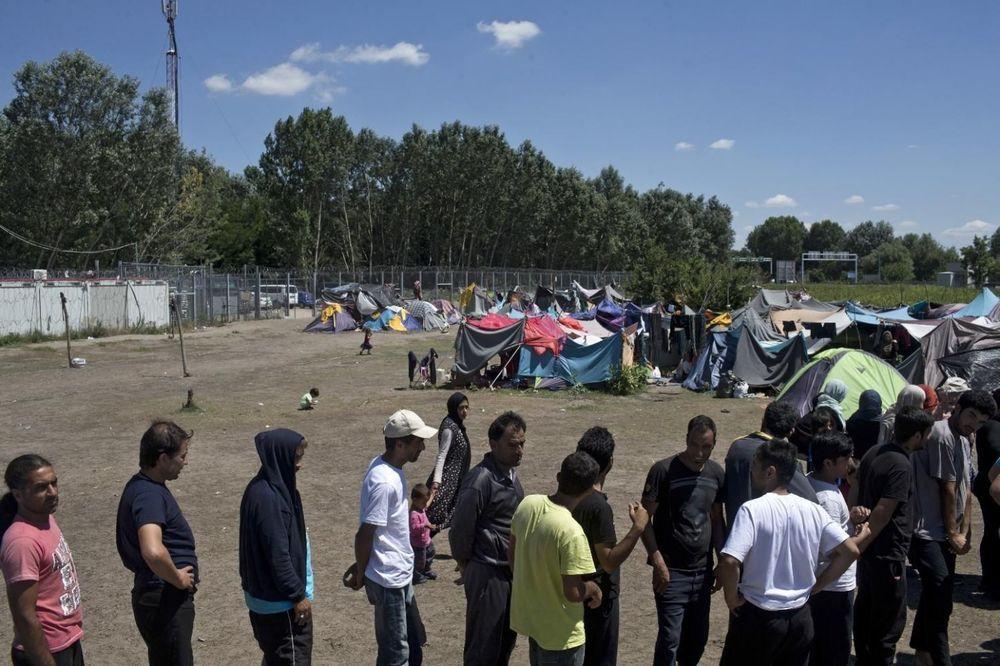 DA LI NAS ČEKA HAOS: Milion migranata kreće ka Evropi!
