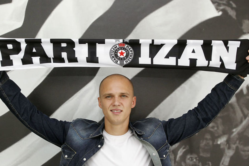(VIDEO) PARTIZAN DOVEO GOLMANA: Nemanja Stevanović potpisao na četiri godine