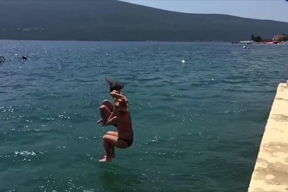 (VIDEO) GOCA SE BAŠ POTRESLA ZBOG HAPŠENJA BIVŠEG: Evo s kim se sad Tržanka kupa u moru