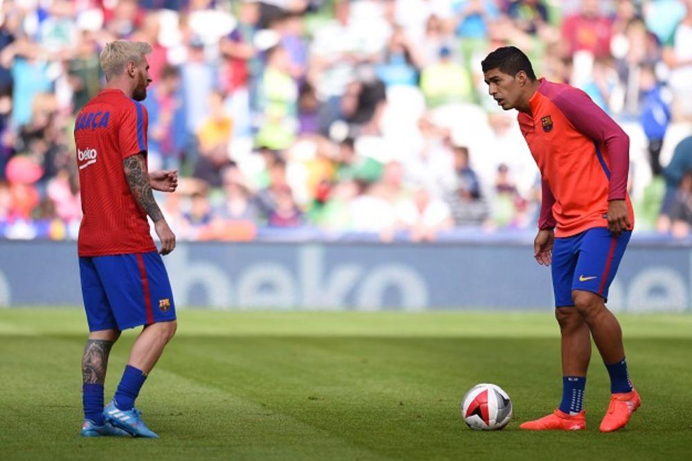 (VIDEO) KAD JE I MESI ŠOKIRAN: Fudbaleri Barselone odradili najluđi trening ikada!