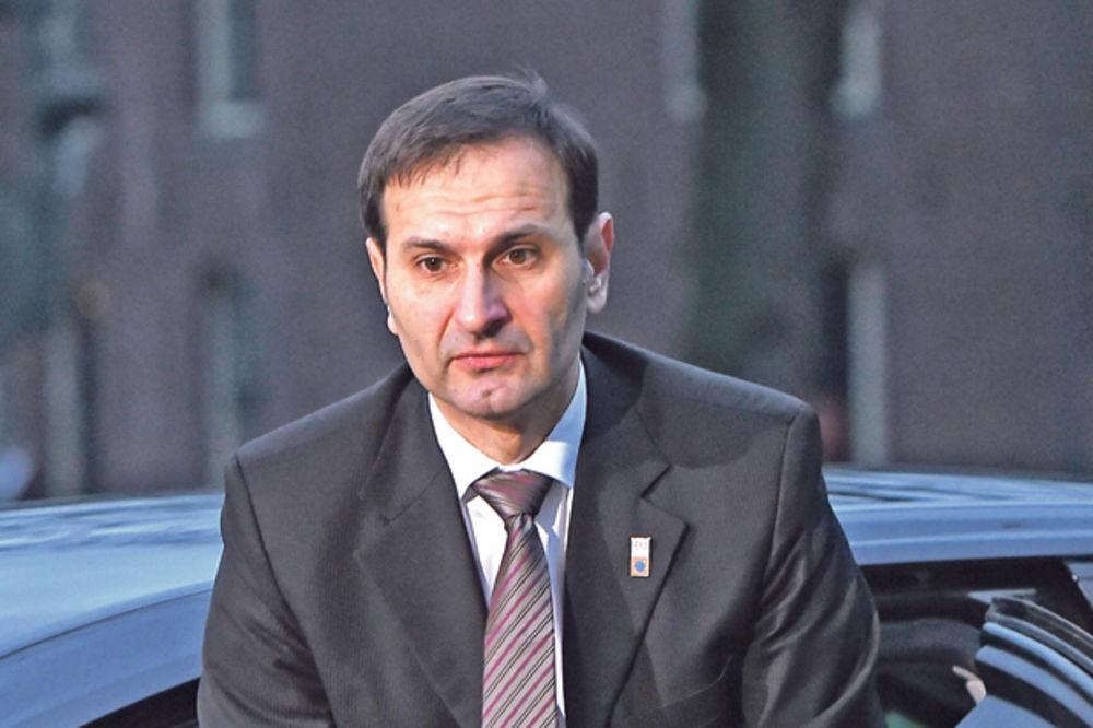 MIRO KOVAČ OPET PO STAROM: Srbija ne može u EU ako ne promeni zakon o ratnim zločinima