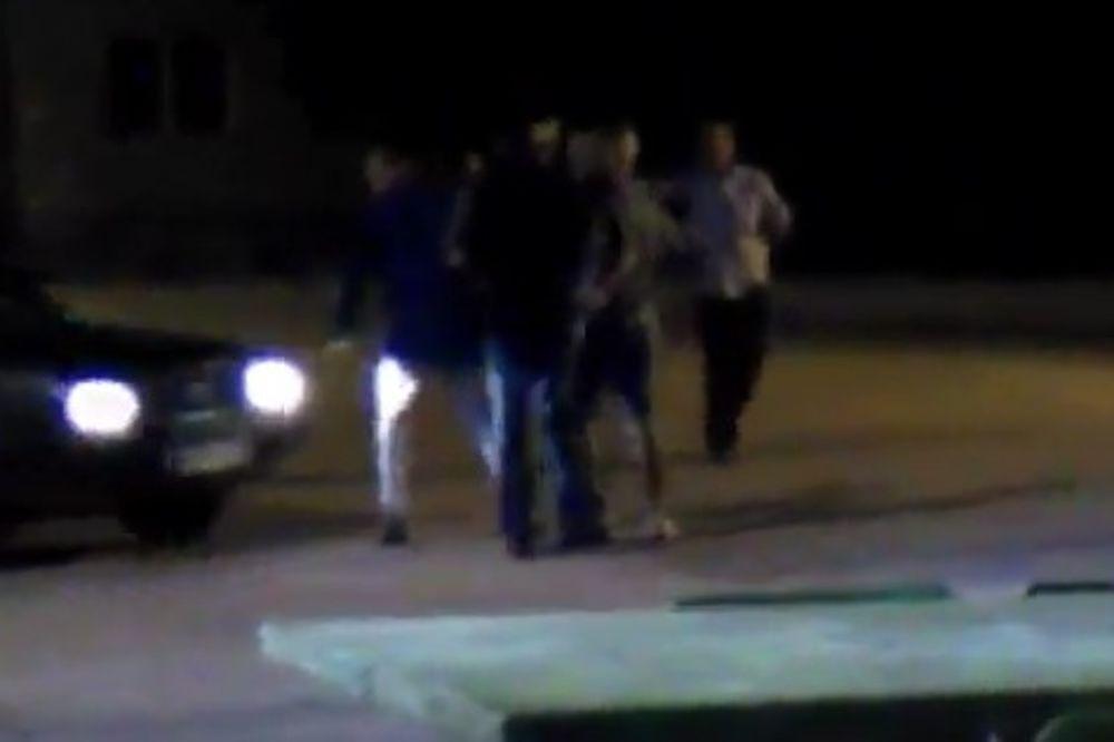 ŠOKANTAN SNIMAK IZ ZAJEČARA: Igrali kolo na parkingu, vozač ih namerno pokosio autom!