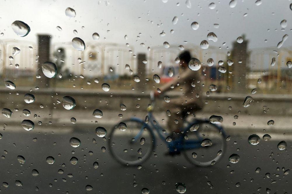 STIGLA JESEN, ALI... U ponedeljak oblačno i kiša, a evo kada će biti ZNATNO TOPLIJE