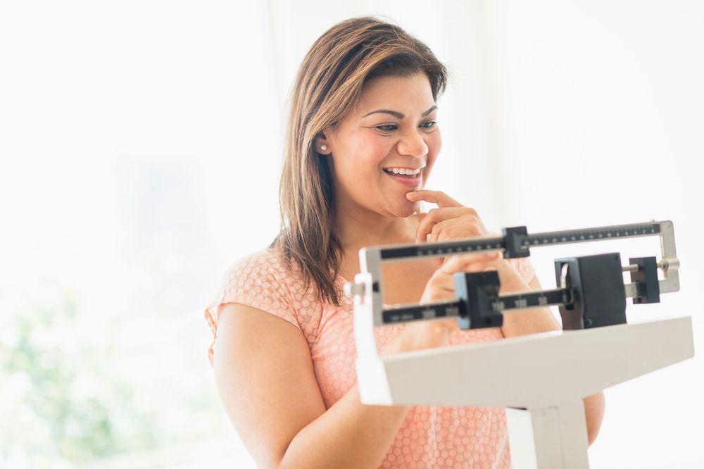 AKO ŽELITE DA SE OSLOBODITE SALA: Ovo su 10 pravila mršavih ljudi!