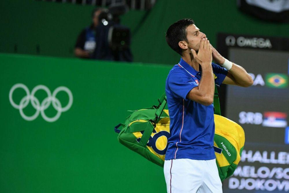 ĐOKOVIĆ SE PRVI PUT DANAS OGLASIO Olimpijci, hvala vam što ste pokazali i to da se snovi ostvaruju