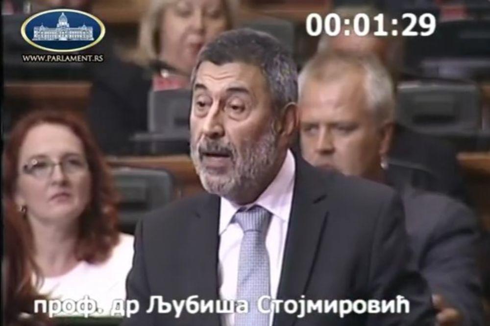 PROFESOR STOJMIROVIĆ: Ja sam predavao Tomislavu Nikoliću, on je svoju diplomu pošteno zaradio