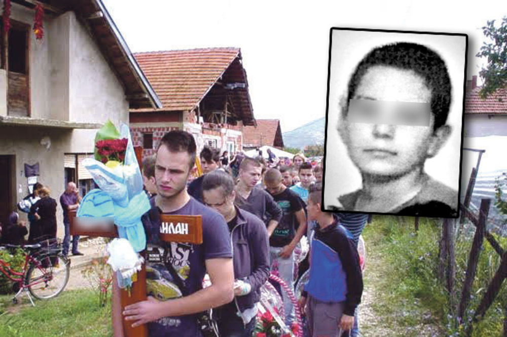 Milan T., dečak, samoubistvo, foto A.D. , obesio se, tavan, ocene, popravni, Dim