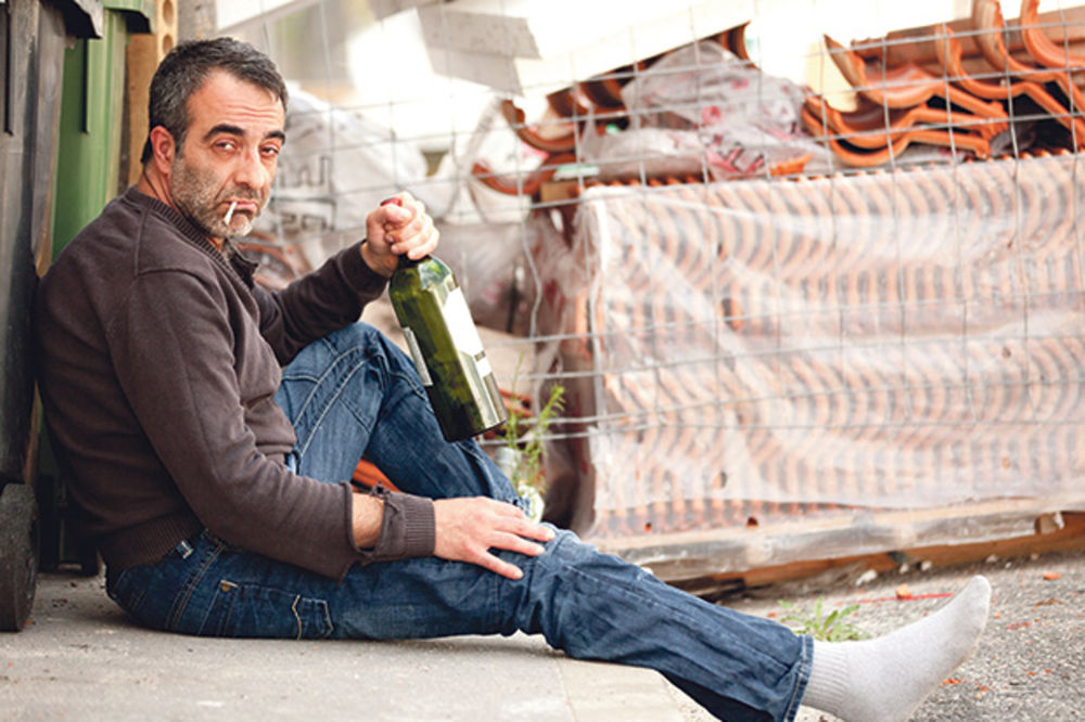 RASTE MINIMALAC: Biće za pelene ili flašu vina