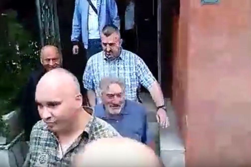 (VIDEO, FOTO) SA OSMEHOM NA LICU: Robert De Niro stigao u Sarajevo!