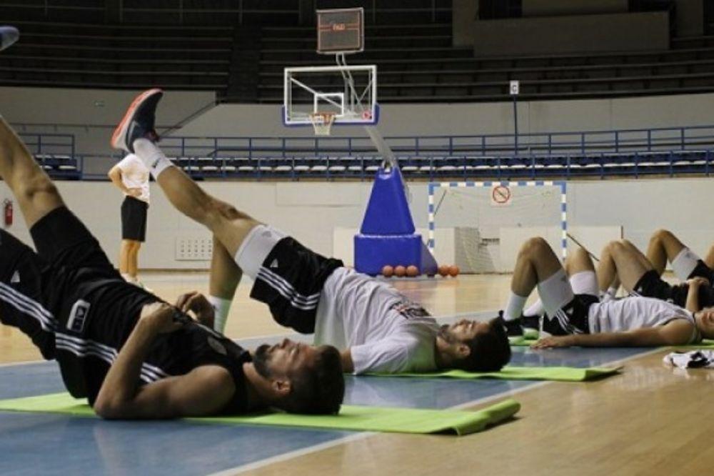 PARNI VALJAK KRENUO: Košarkaši Partizana počeli pripreme