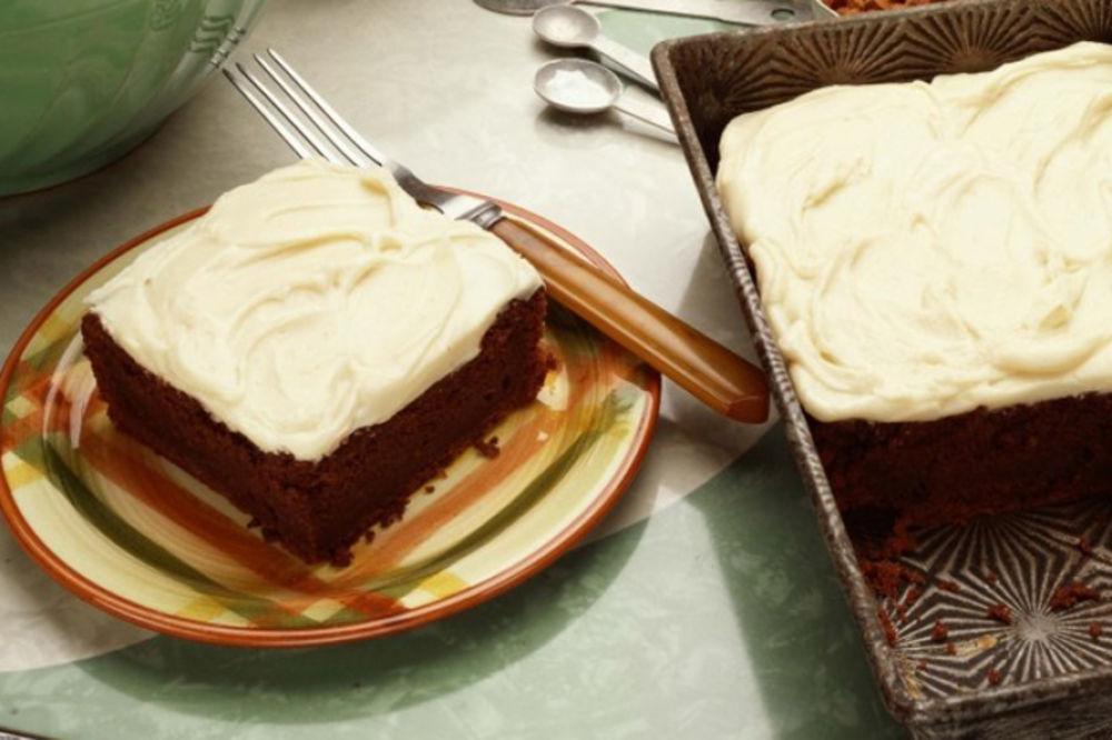 Najjeftiniji starinski kolač: Julišku obožavaju deca, ali i odrasli! (RECEPT)