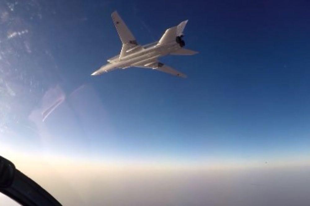 (VIDEO) UDAR NA DŽIHADISTE: Ruski bombarderi uništili 6 skladišta Islamske države