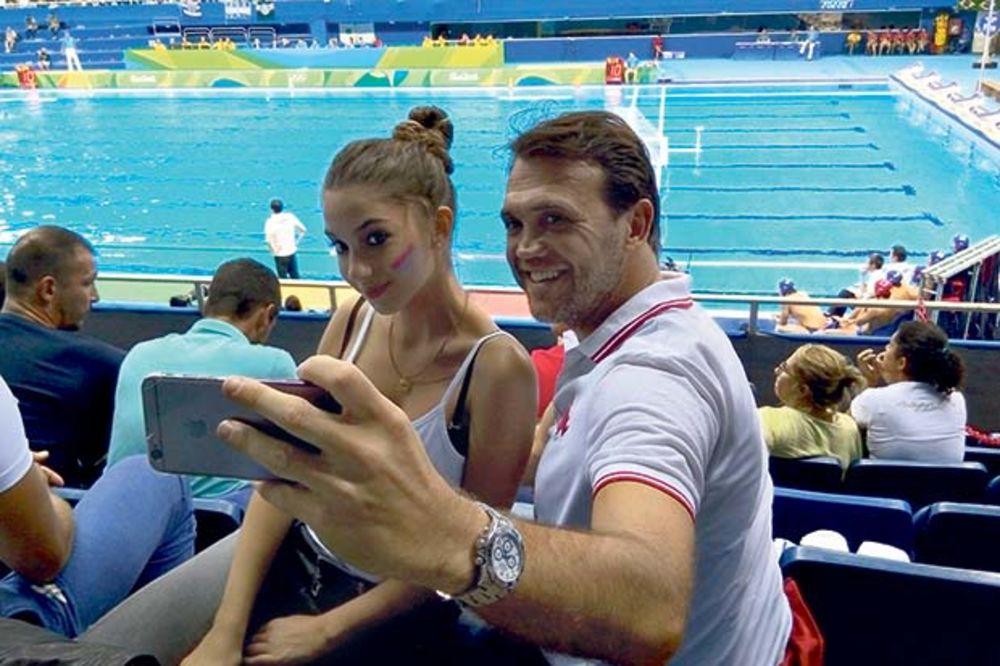 KAKVA PODRŠKA: Lepa Rambova kći navija za medalju!