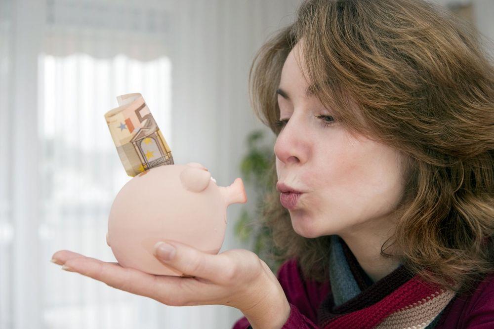 ZBOG OVOGA STE BANKROT: Ovo su 3 načina da privučete novac u svoj život!