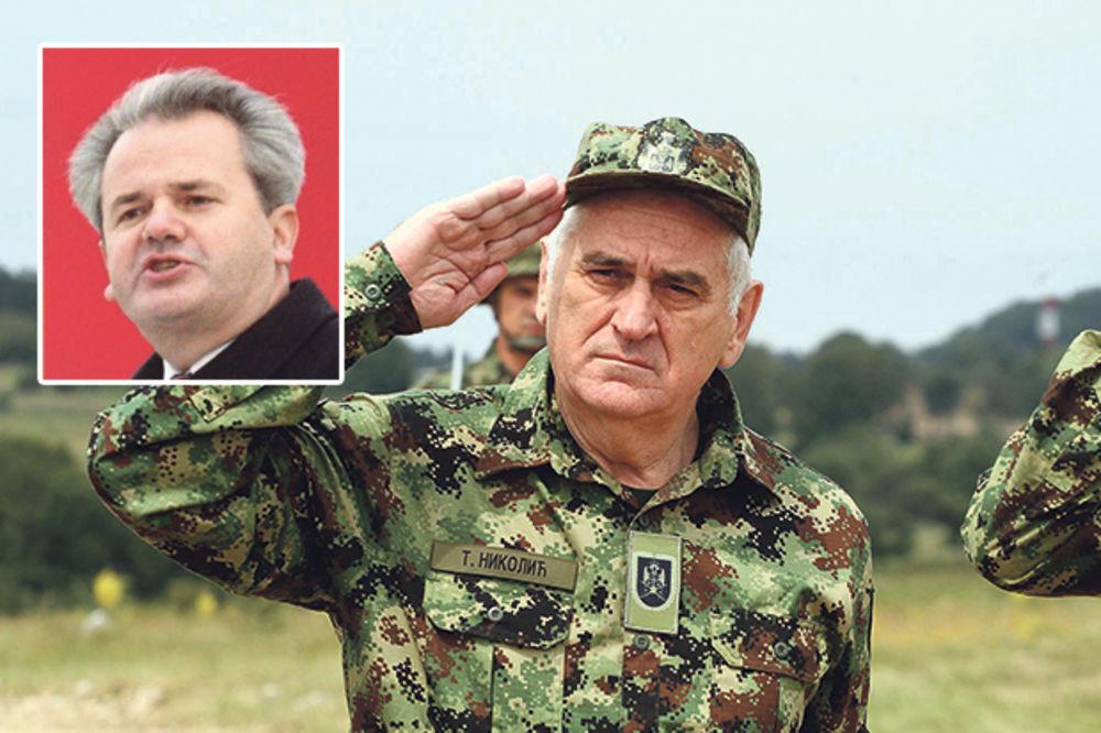 RASPLAMSANE SVAĐE: Sloba za Tomu Nikolića poen u kampanji