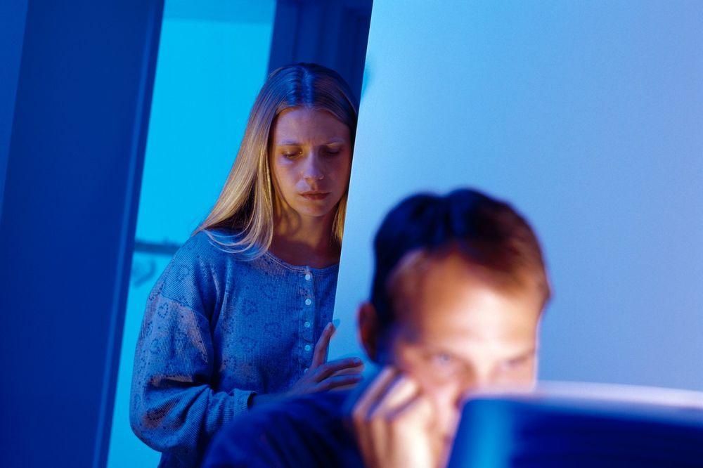 SREĆNIJI SAM OTKAD VARAM: Žene pronalazim na internetu, sve su udate i žele samo seks