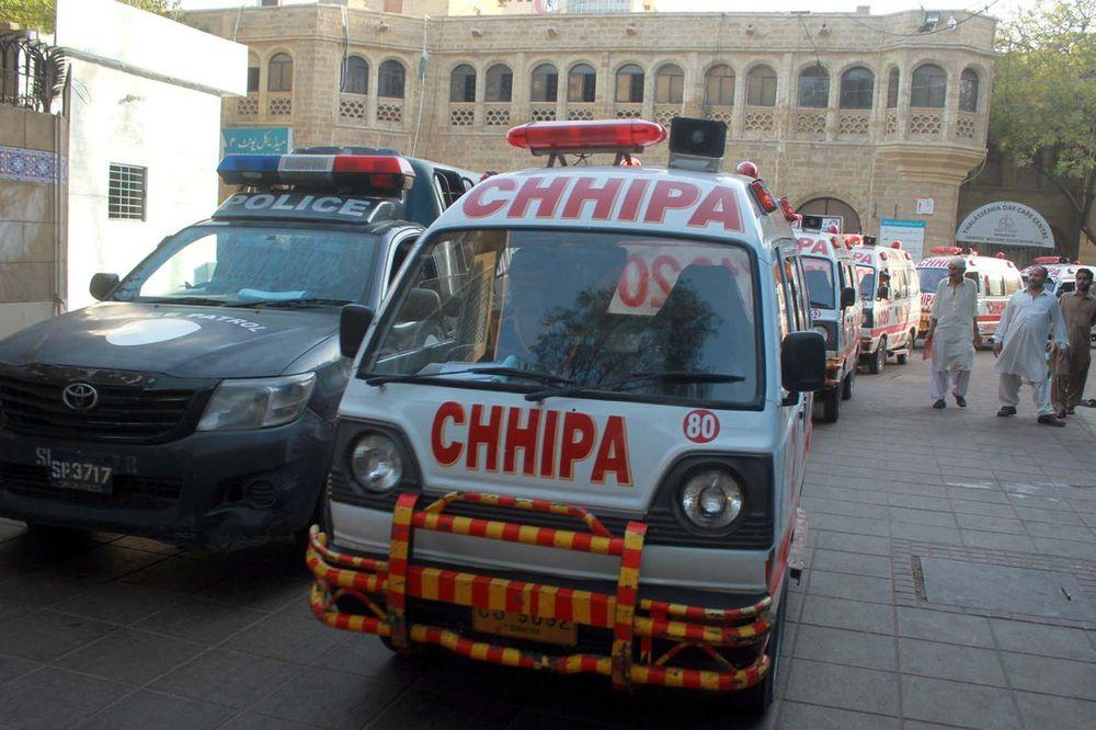 HTEO DA SE OSVETI MAĆEHI: Nožem ranio 16 žena, jednu ubio