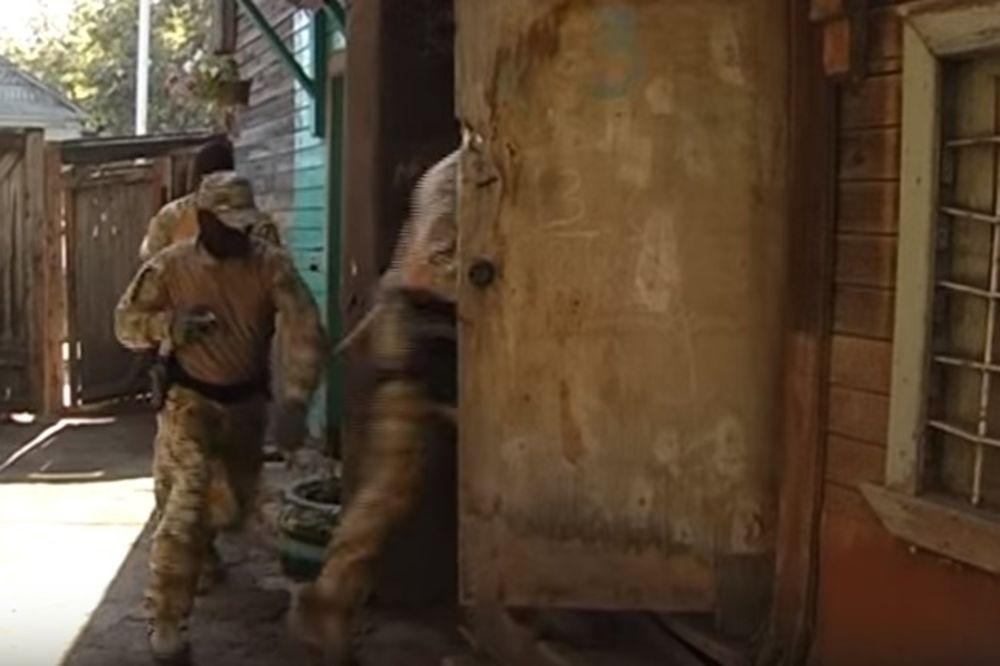 (VIDEO) RUSKI SPECIJALCI SPREČILI MASAKR DŽIHADISTA: U stanu teroriste našli puške i eksploziv