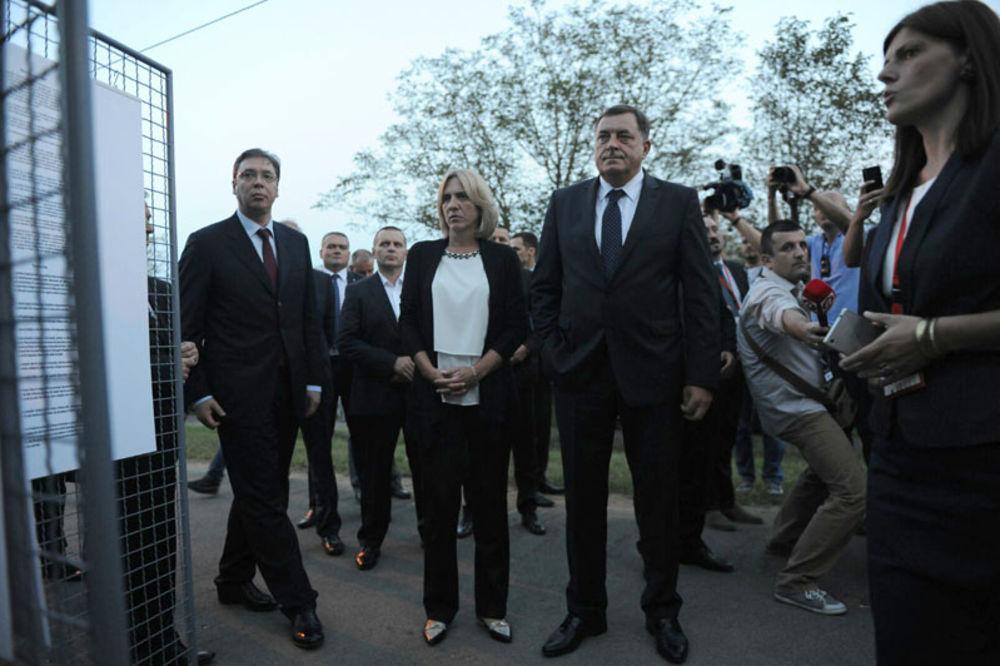 VUČIĆ U DONJOJ GRADINI: Srbin više neće u jamu, Srbin više neće bespogovorno u smrt