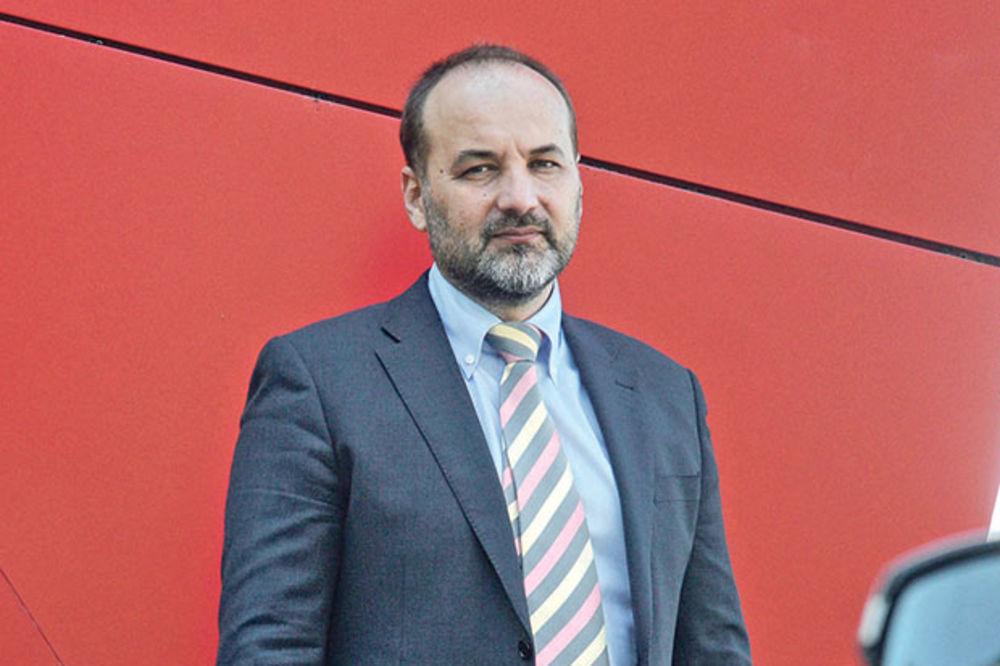 SAŠA JANKOVIĆ:  Ministarstvo prosvete povredilo prava učenika