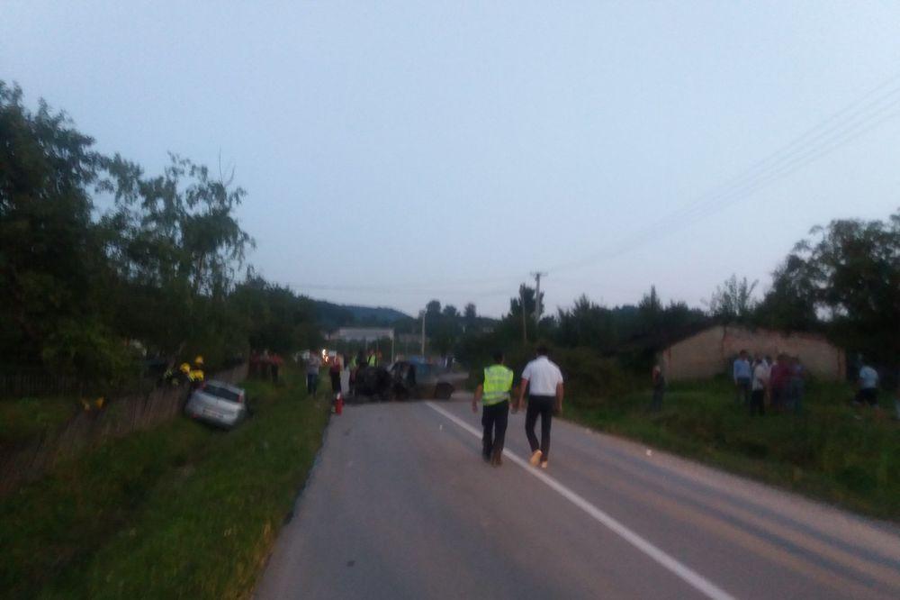 STRAVIČNA NESREĆA KOD MIONICE: U čeonom sudaru poginula oba vozača, saobraćaj obustavljen