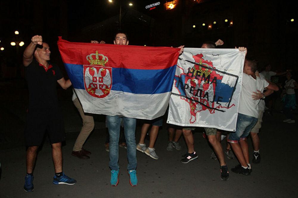 (KURIR TV) DELFINI IZAZVALI LUDNICU: Evo kako se u Beogradu slavilo olimpijsko zlato vaterpolista