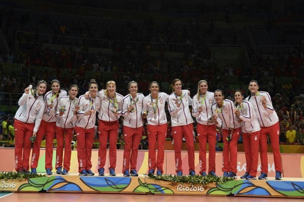 ZA NAS STE ZLATNE: Odbojkašice donele Srbiji olimpijsko srebro