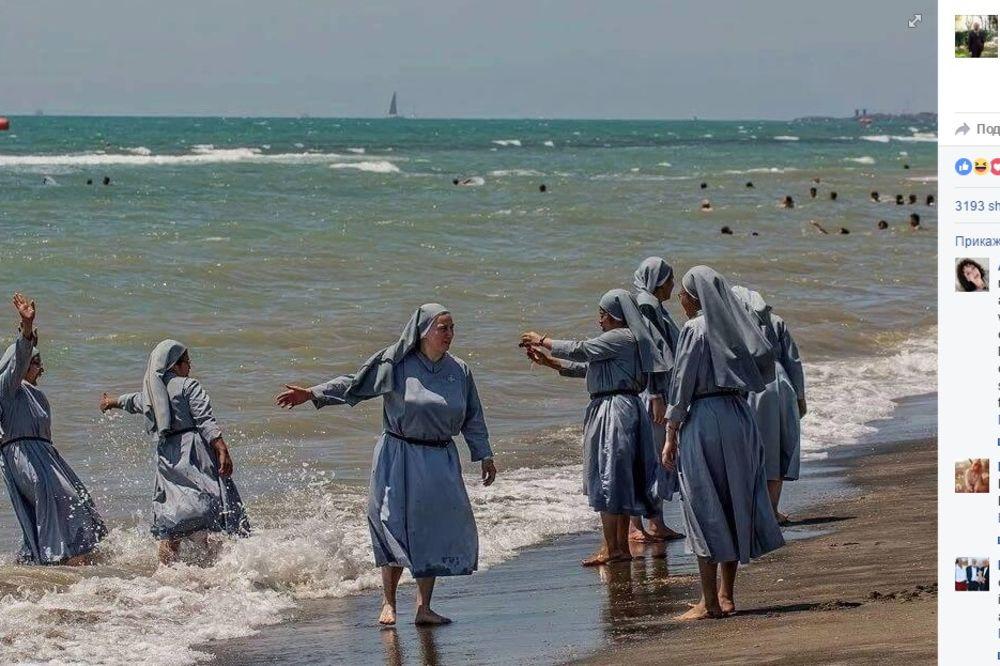 ITALIJANI POBESNELI: Evo zašto je ova fotografija izazvala pravu buru, morao je i Fejsbuk da reaguje