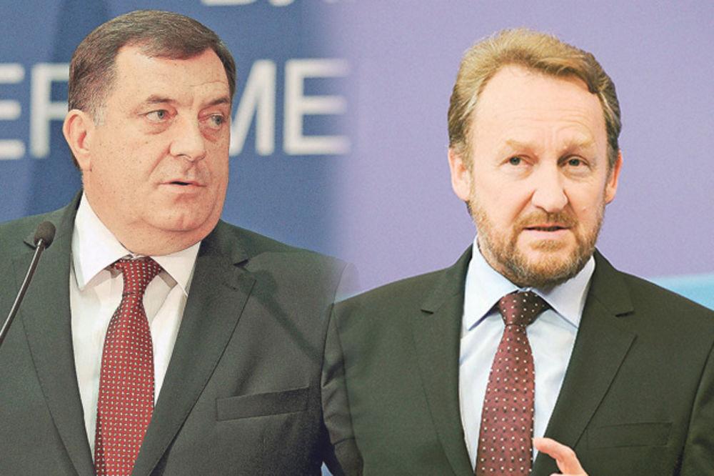 DODIK: Ne može Izetbegović da traži ukidanje Dana Republike, a mi da ćutimo!