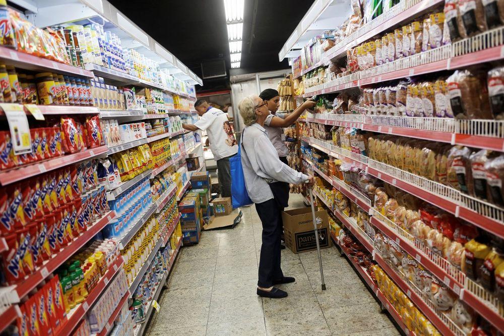 NEMAČKA SE SPREMA ZA KATASTROFU: Od građana traže da nagomilaju zalihe hrane i vode!