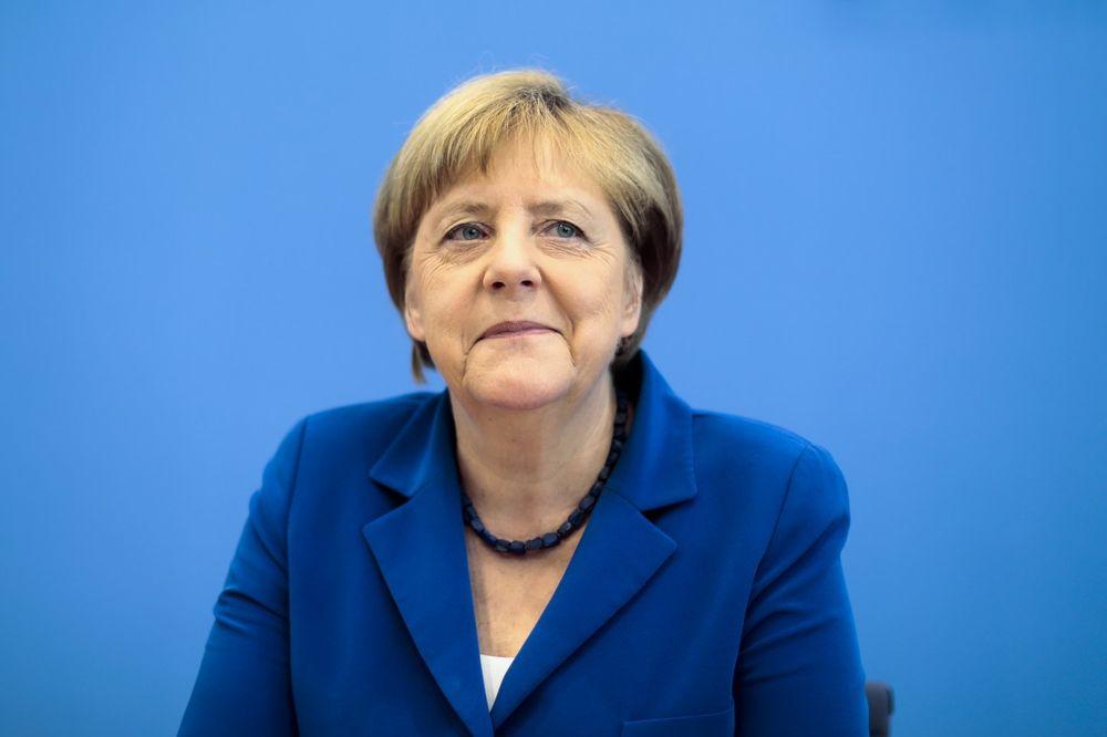 MERKEL: EU će morati naporno da radi da prevaziđe Bregizt