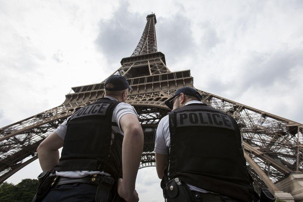 TERORIZAM MU DOAKAO: Pariz izgubio 750 miliona evra jer ga turisti zaobilaze